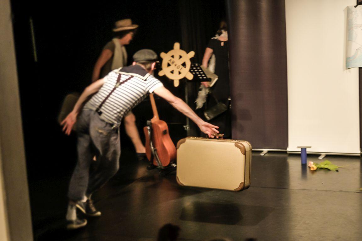 2021-07-15-EchtJetzt-4Dialog-Theater-Abgang