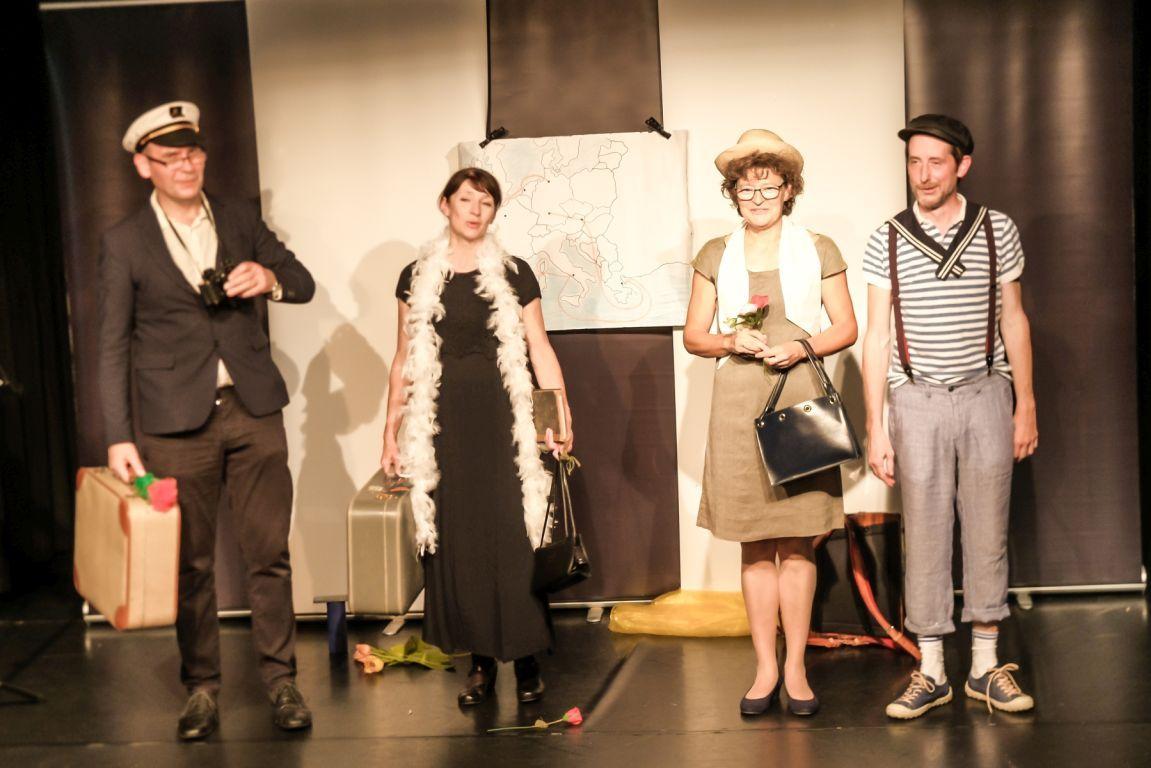 2021-07-15-EchtJetzt-4Dialog-Theater_Applaus