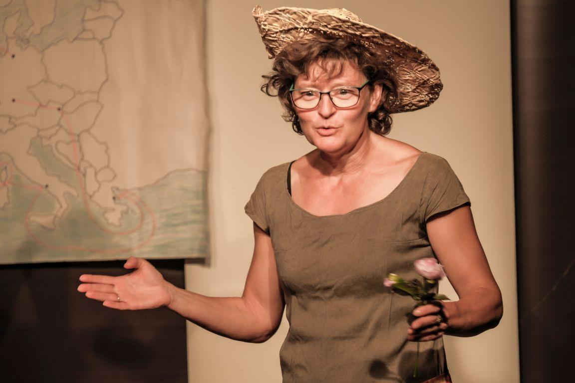 2021-07-15-EchtJetzt-4Dialog-Theater_Dagmar